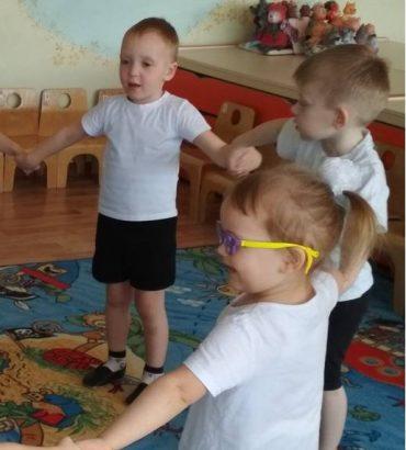 Неделя здоровья  в младшей группе «Красная Шапочка»